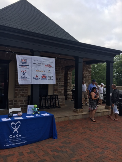 The Ohio Chapter of the NFL Alumni hosted a golf outing to benefit CASA!